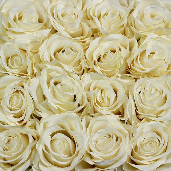 Hoa Lụa Hộp Vuông Đen – Màu Trắng