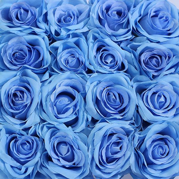 Hoa Lụa Hộp Trắng Màu Xanh