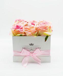 Hoa lụa hộp vuông màu hồng