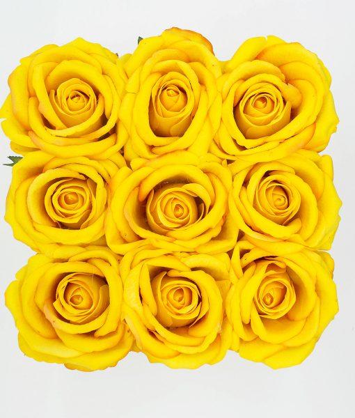 Hoa lụa màu vàng - Hộp Vuông