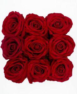 Hoa hồng lụa màu đỏ là món quà được người người tin tưởng gửi tặng qua tế giới điện hoa 20 10