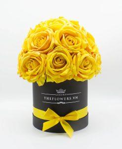 Hoa hồng lụa màu vàng hộp tròn đen size M
