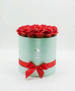 quà tặng 20 10 : Hoa hồng sáp màu đỏ hộp tròn màu xanh biển
