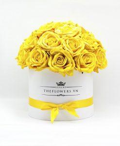 Hoa Hồng Lụa – Hộp Tròn Màu Vàng – Mừng Ngày Nhà Giáo Việt Nam 20 11