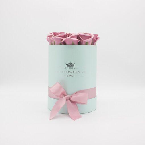 Hoa sáp màu hồng đất hộp tròn hồng size S