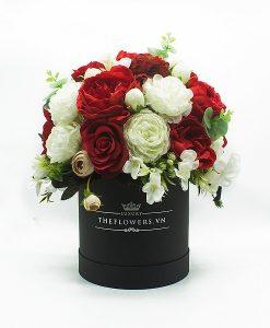 Hoa lụa phối màu đỏ trắng