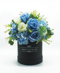 Hoa lụa phối màu xanh kem