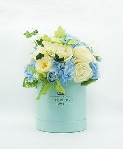 Hoa lụa phối màu xanh trắng