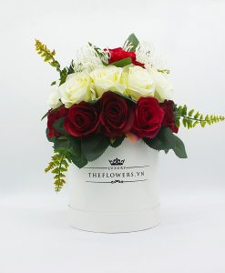 Hoa Lụa Phối Màu Đỏ Kem - Hộp Tròn Trắng Size M