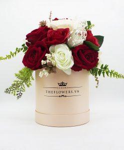Hoa Lụa Phối Màu Đỏ Kem - Hộp Tròn Hồng Size M